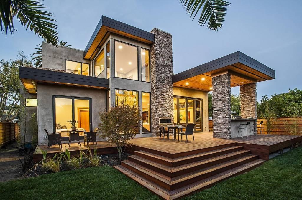 Tie cine iti construieste casa?