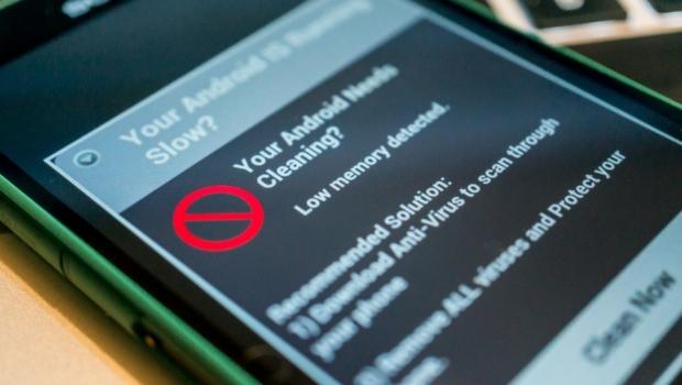 Cum ne protejam telefonul cand navigam pe internet?