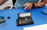 Unde poate fi reparat un iPhone 8?